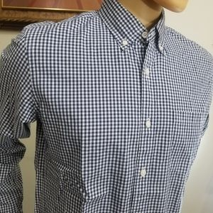 Button down shirt size M Slim fit button down